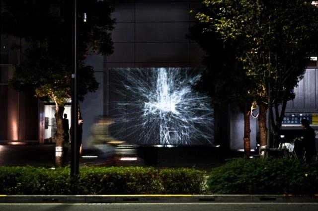 富士ソフト東側エントランス壁面 平川紀道 the irreversible [para-no.0] © Hirotaka Hirabayashi